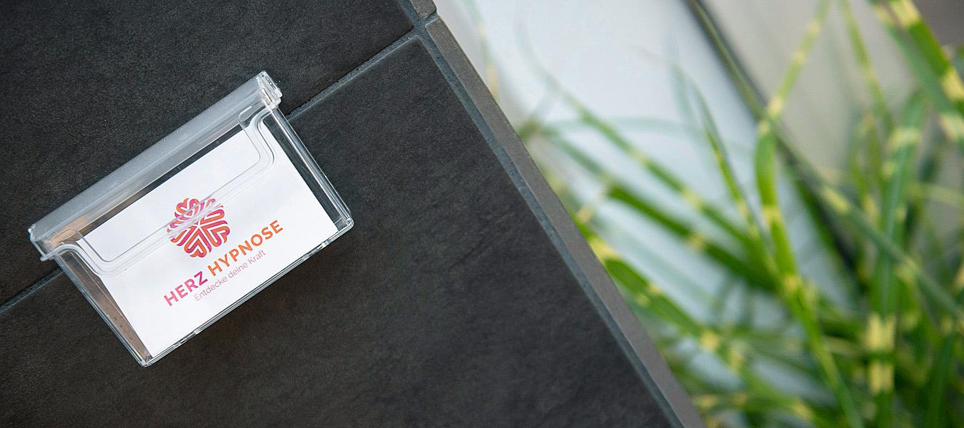 mobiles business fotoshooting berlin, businessportraits, unternehmens fotograf berlin, mitarbeiterportraits, innenarchitektur fotos, innenaufnahmen praxis, außenarchitektur fotografie, portraits für selbstständige, business fotograf berlin, unternehmerfotos, herz hypnose berlin