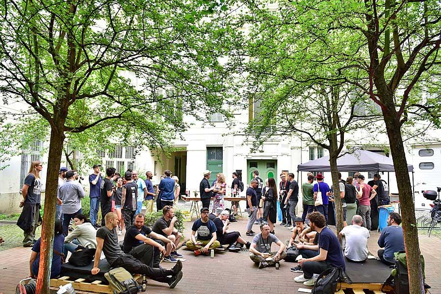 Gruppenfoto, eventfotograf berlin, urban nation, streetart, veranstaltungsfoto, fotograf berlin, mobiles fotostudio, fotos für firmenevents